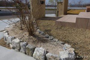 石積み花壇