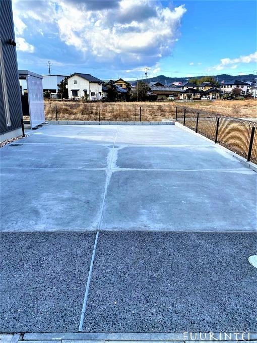 駐車スペース 洗い出しコンクリート